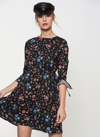 Çiçekli Kısa Elbise-Mavi